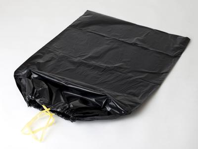 Affaldssæk m/snoretræk sort 70x110