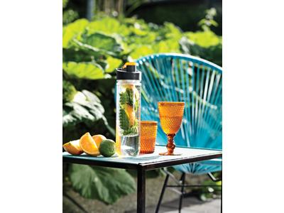 Vandflaske med dispenser, orange