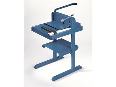 Bord til stabelskæremaskine med hylde