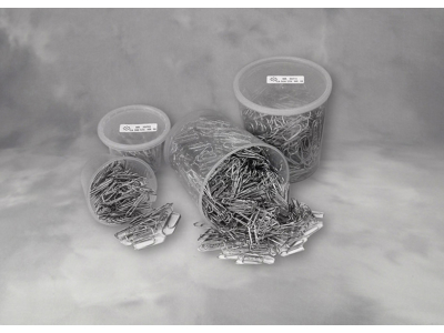 Clips Esselte 33 mm i plastdåse 500 stk
