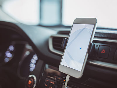 Telefoni & navigation