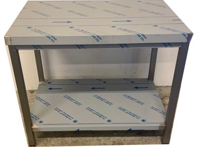 Brugt/Demo stål bord 1000 x 700 mm.