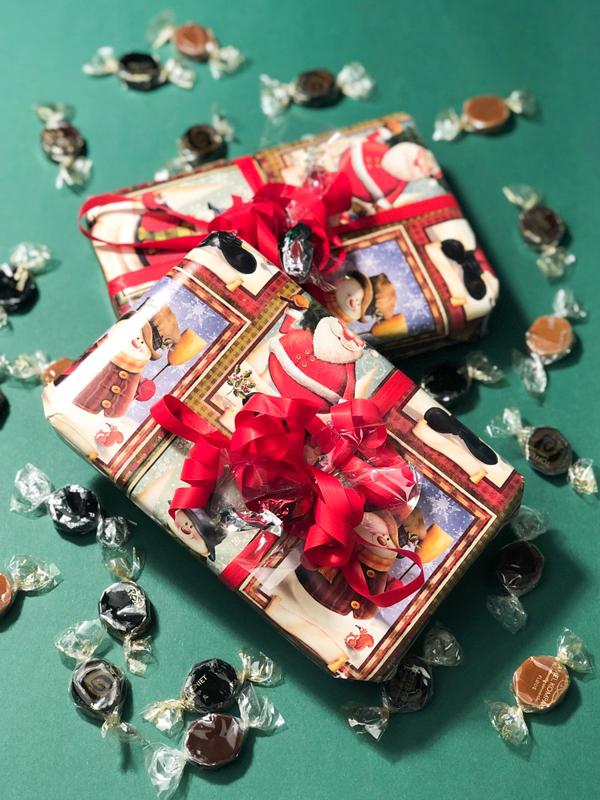 Årets mandelgave - 330g karameller