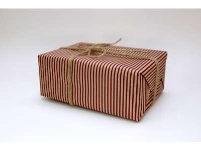 Gavepapir red stripes 55 cm