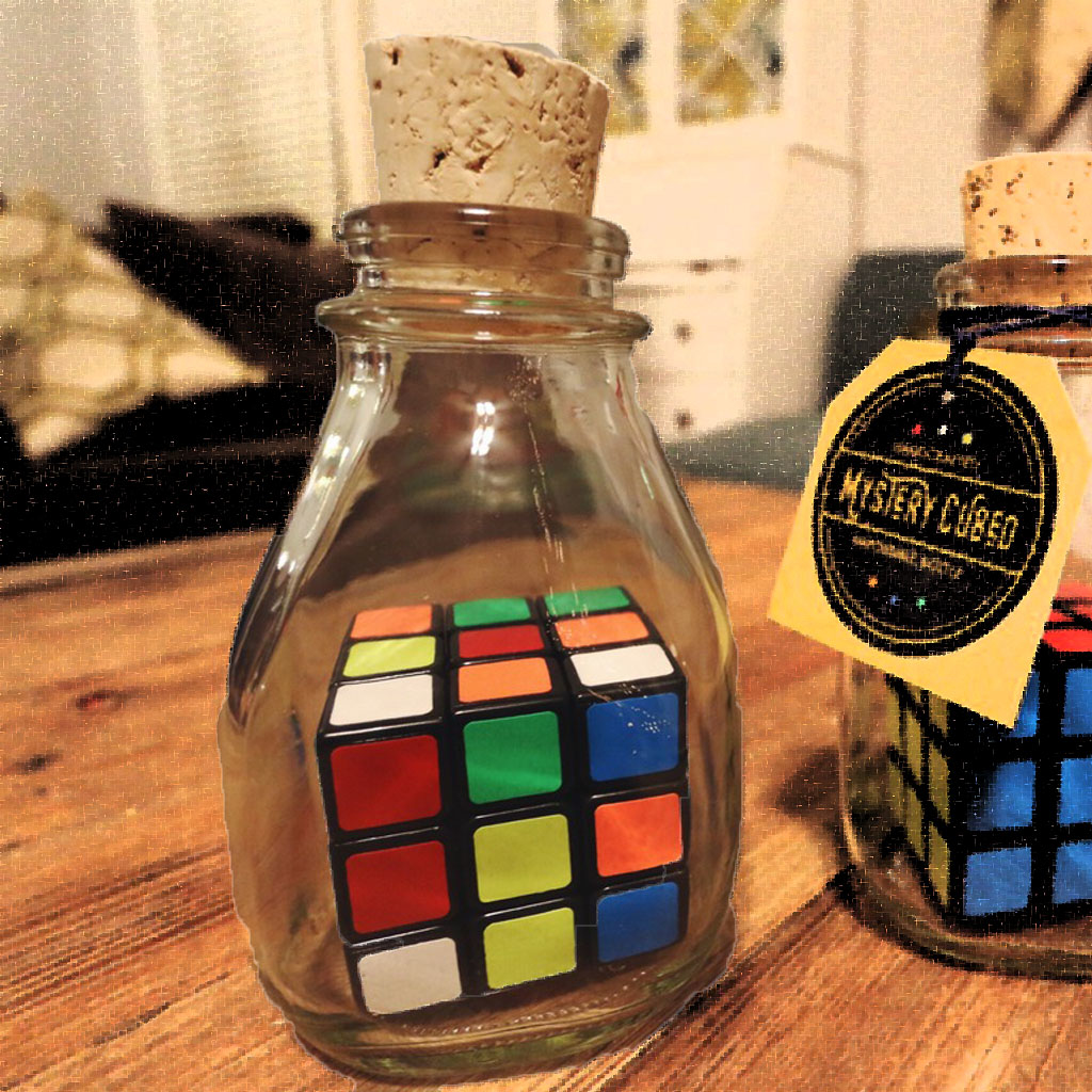 CUBE IN BOTTLE