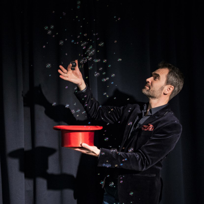 SOAP BUBBLE MACHINE - Juan Mayoral