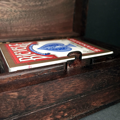 LOCKING CIGAR BOX