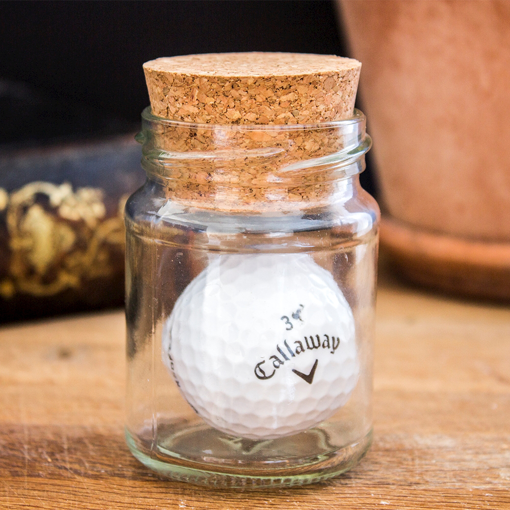 BOTTLED GOLF BALL