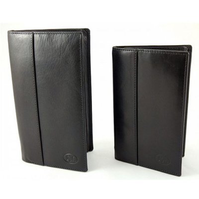 THE LARGE PLUS WALLET - Jerry O'Connell