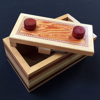 NAGEL TRICK BOX