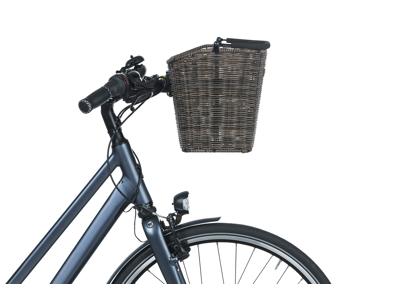 Basil Bremen KF - Cykelkurv i brun ratten - Inkl. adapterplade
