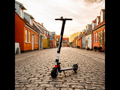"""Gorunner - Urbanglide - El løbehjul med 6,5"""" hjul - 20 km/t - Sort"""