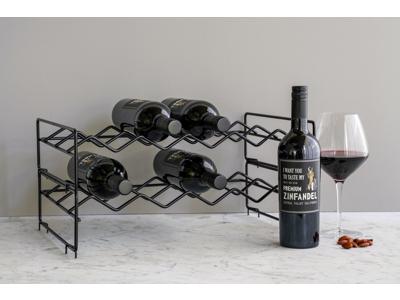 Årets gave med vinreol 640