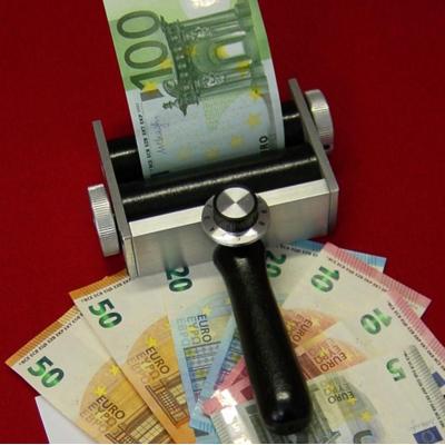 MAGIC MONEY ROLLER DELUXE