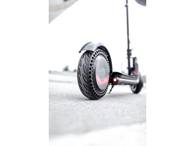 """Gorunner - Pro - El-løbehjul med 10"""" hjul - 20 km/t - Sort"""