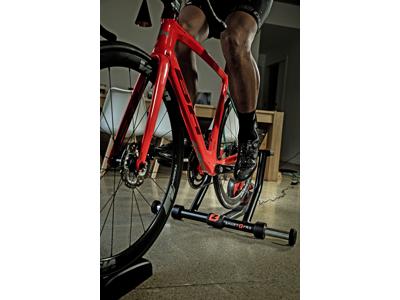 Zycle Smart Pro - Hometrainer - Inklusiv forhjulsblok