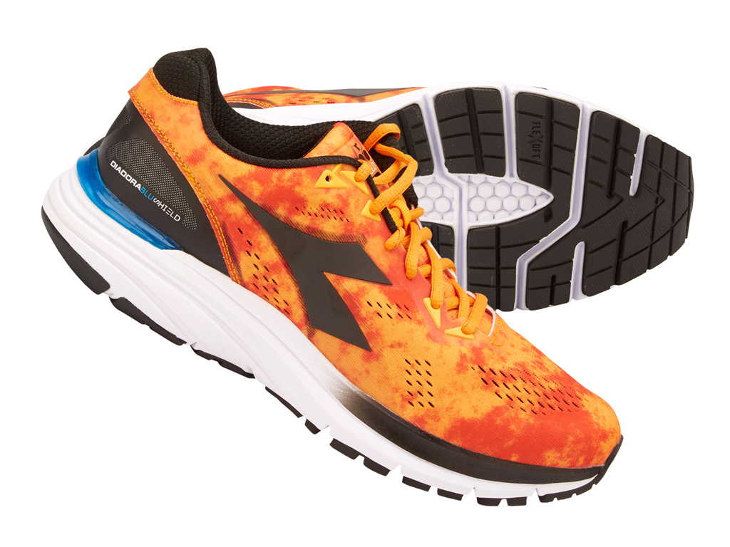 Image of   Diadora - Mythos Blushield 3 - Hr - Str. 43 - Orange/Sort