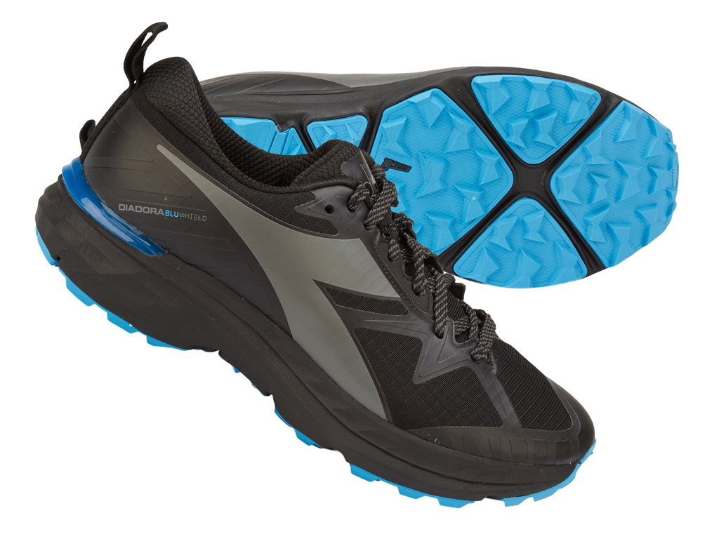 Image of   Diadora - Mythos Blushield Trail - Hr. - Str. 48 - Sort/Grå
