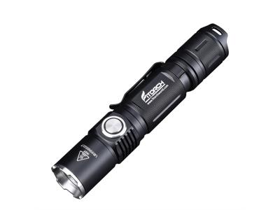 Fitorch P20RGT - Kraftig uppladdningsbar ficklampa - 1180 lumen