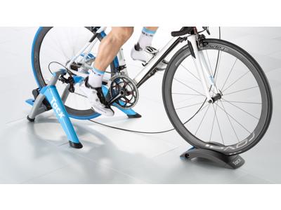 Tacx Satori Smart cykeltrainer - 10 stegs justerbart magnet-motstånd