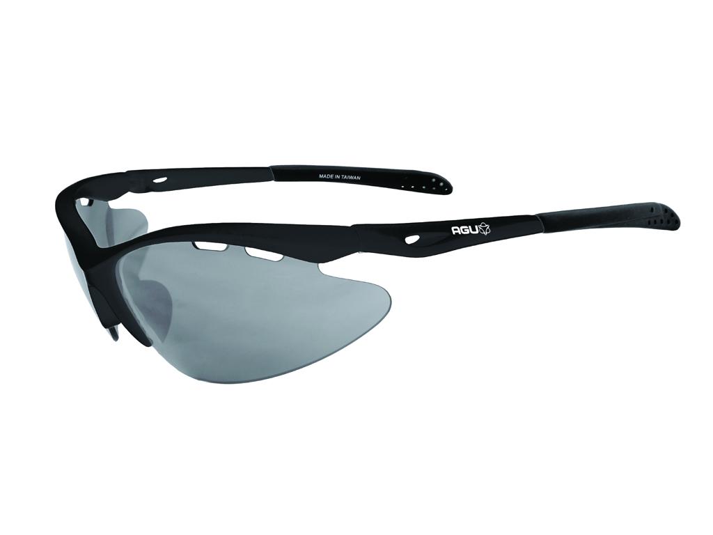 Image of   AGU Takatsu - Sports- og cykelbrille med 3 sæt linser - Sort