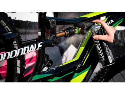 Muc-Off Bike Care Duo kit - Nano Tech Bike Cleaner og Bike spray
